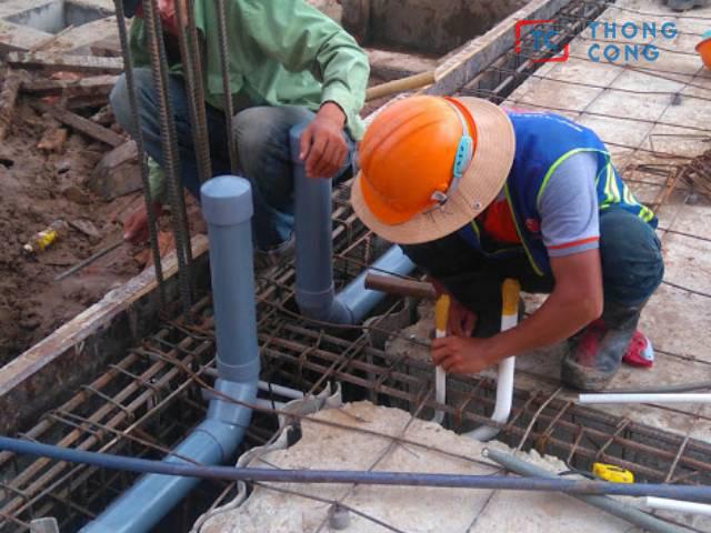 Tắc nghẽn cống thoát nước xảy ra tại Quận Hóc Môn