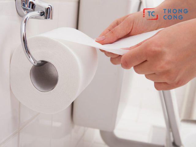 Sử dụng nhiều giấy vệ sinh cũng là nguyên nhân nhanh đầy hầm cầu