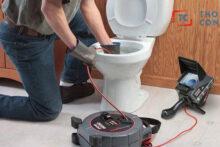 Xây toilet mới, lắp đặt đường ống ngầm